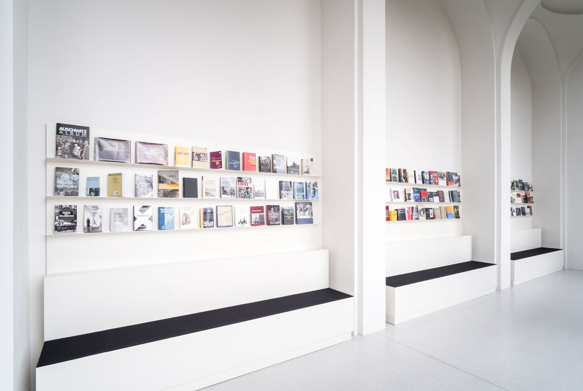 Maria Eichhorn: documenta 14, Learning from Athens. April 8 – September 17, 2017